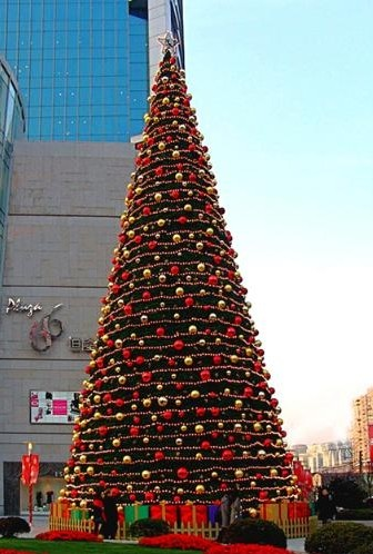 Big New style high quality evergreen artificial Christmas tree for outdoor with factory price