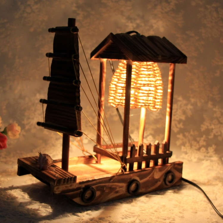 F201 wooden sailboats desk lamp